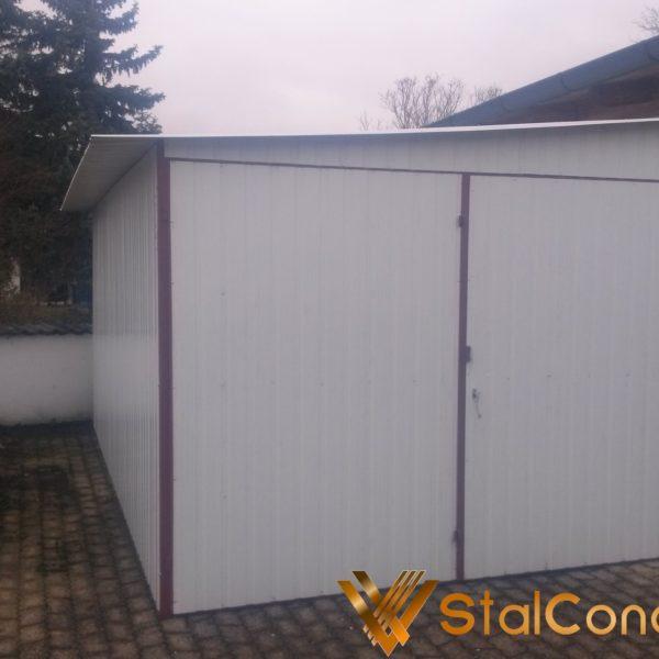 Plechová garáž 6x5 so spádom na bok RAL 9010