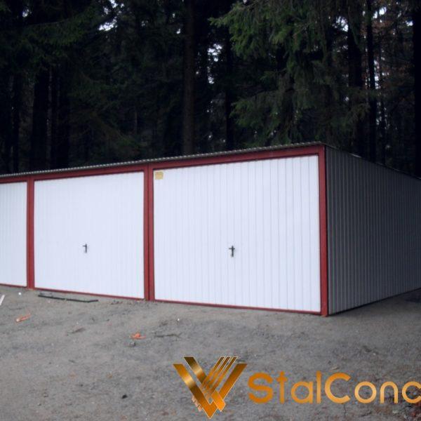Plechová garáž 9x5 so spádom strechy dozadu farba RAL 9010
