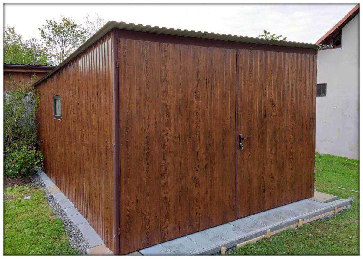 Plechová garáž 3×5 tmavý orech