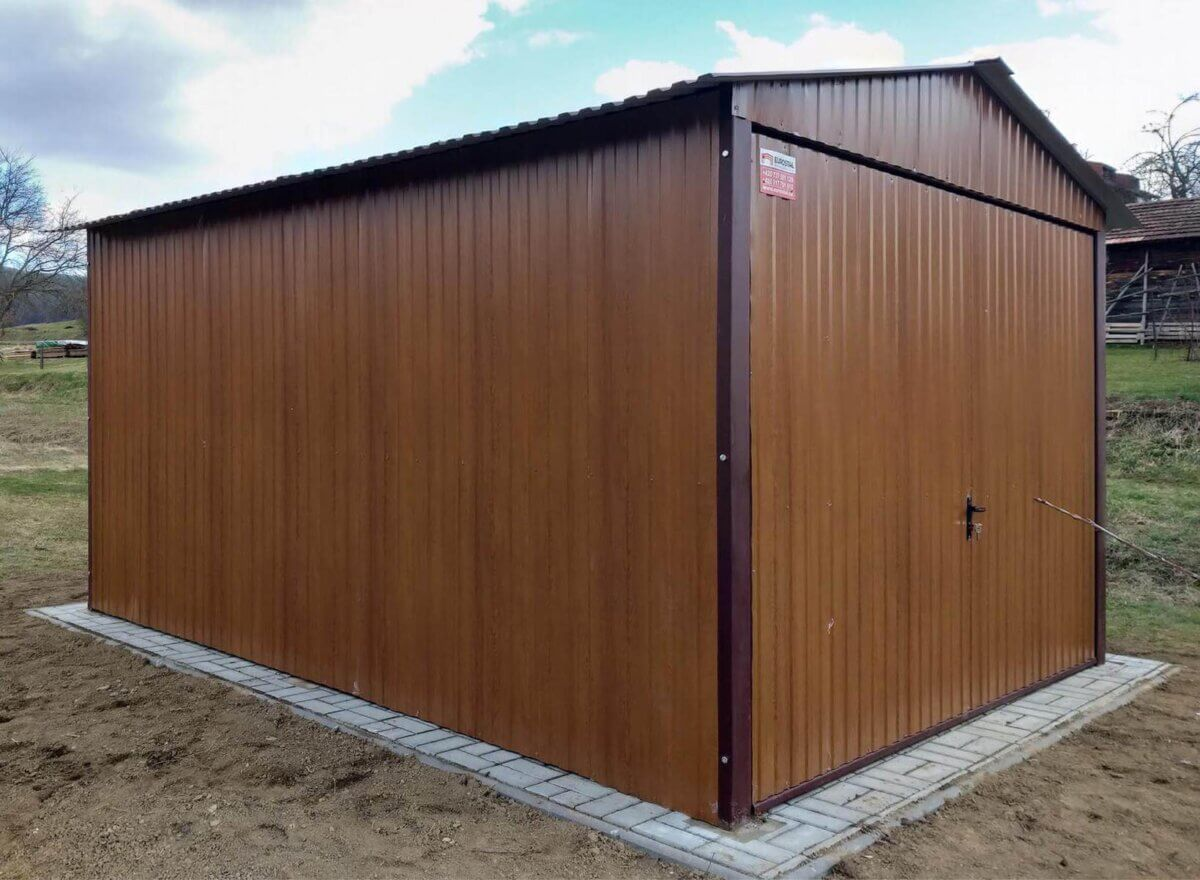 Plechová-garáž-3×5 sedlová strecha-Złatý Dub