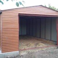 Plechová garáž na betónovom základe
